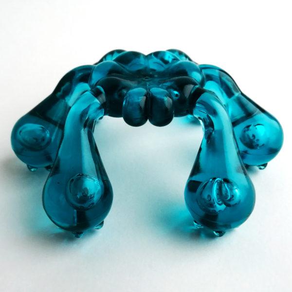 Массажер «Лапонька Краб»  с шипами на шести массажных элементах (Морская волна)
